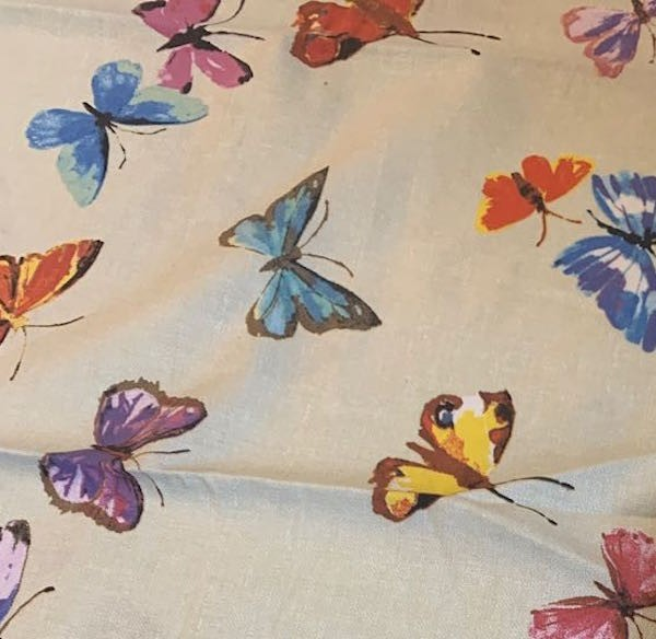 Dekostoff Schmetterlinge bunt, *Letztes Stück ca. 100 cm*