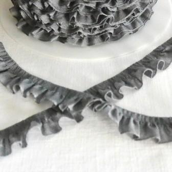 Rüschenband, grau