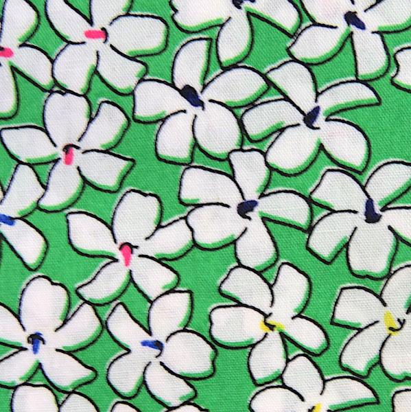 Blüten weiß auf grün, Baumwollstoff