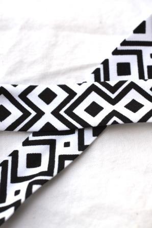 Schrägband, Black&White, Rauten