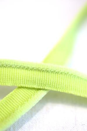 elastische Paspel, hellgrün