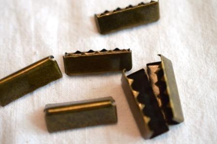 Gürtelendstück, 2,5 cm, altmessing