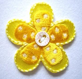 Applikation Blume mit Knopf, gelb