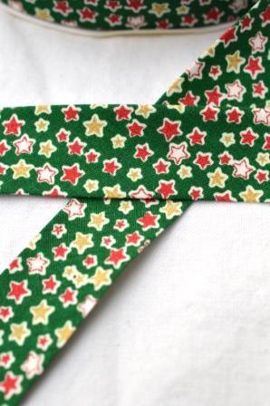 Schrägband, Weihnachten, Sterne, grün