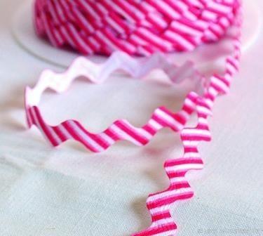 Zackenlitze, gestreift, pink