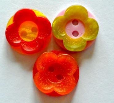 zweifärbige Blume, Knopf