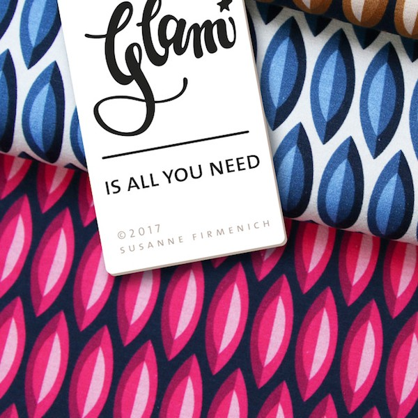 Glam Is all you need offwhite/dunkelblau, Bio-Jersey, *Letztes Stück ca. 120 cm*