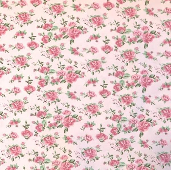 Duft-Jersey Röschen und Blätter auf rosa