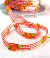 Vichykaro mit Röschen, orange, Satinband