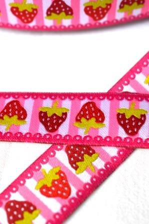 Erdbeeren auf Streifen, pink, Webband *SALE*