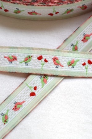 Piepmatz mit Blumen, lindgrün, Webband