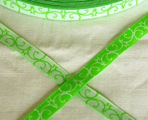 Ornament, grün, Webband
