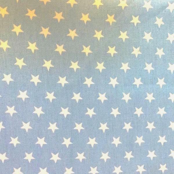 Sommerjeans Sterne weiß auf hellem jeansblau