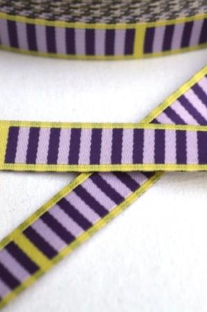 Eins, zwei, drei – Streifen, violett, Webband
