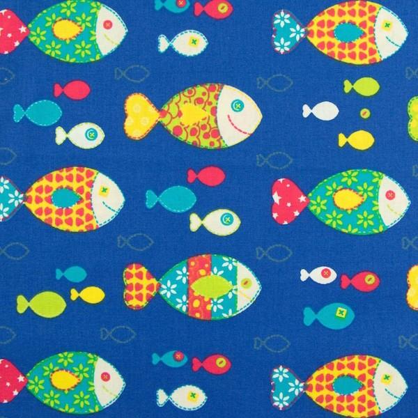 Fischy bunt auf blau, Webstoff