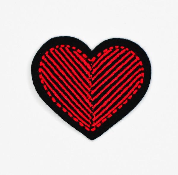 Applikation Herz, rot-schwarz