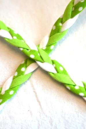 geflochtene Kordel, grün-weiß *SALE*