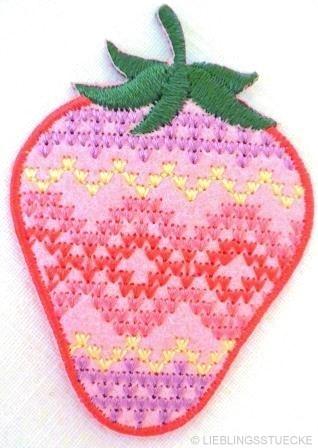 Applikation Erdbeere mit Kreuzstich