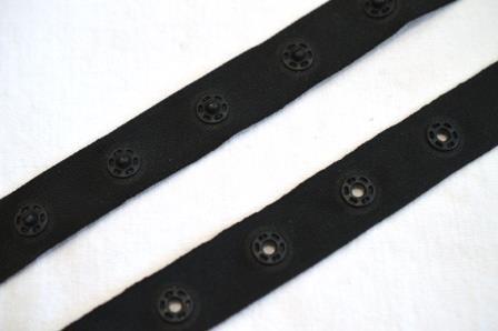 Druckknopfband, schwarz