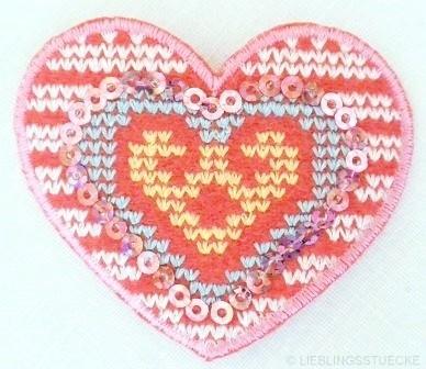 Applikation Herz mit Kreuzstich