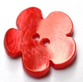 Blümchen, rot, Perlmuttknopf