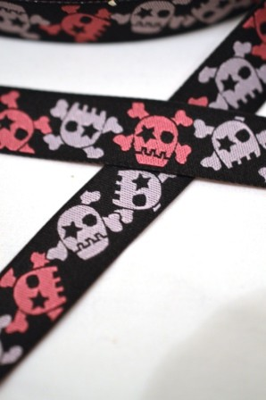 Crossbones, schwarz-pink, Webband *SALE*