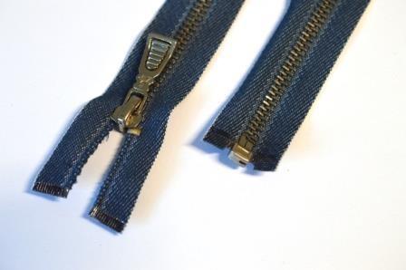 Metallreißverschluss, jeans