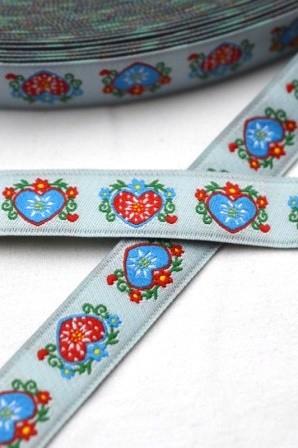 Tracht Herzen rot und blau, hellblau, Webband