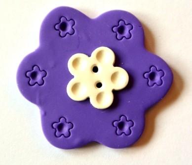 Blume, groß, lila, Fimoknopf *SALE*