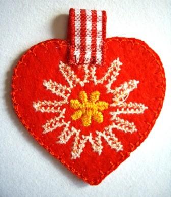 Applikation Herz aus Filz, rot
